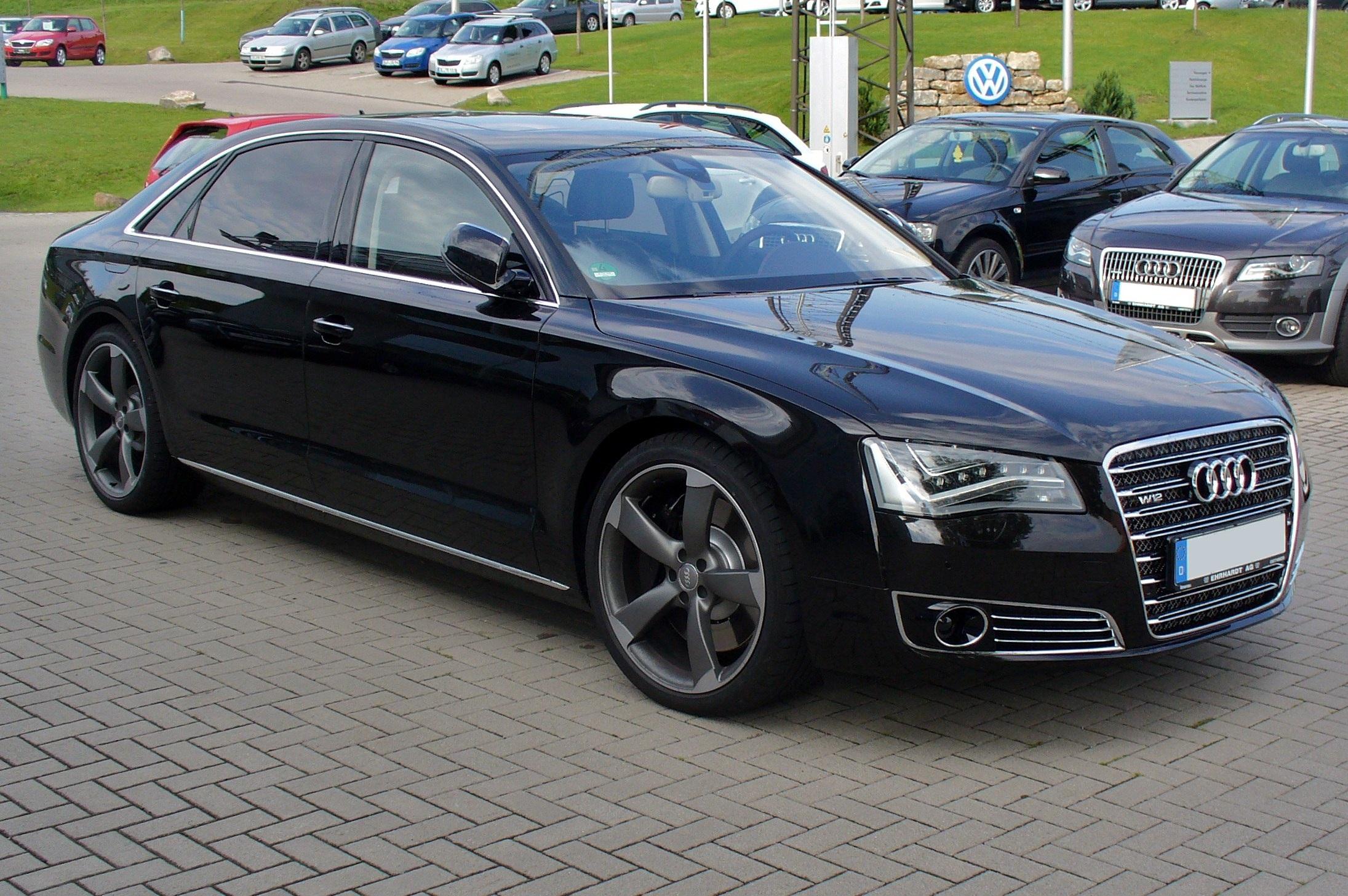Audi_A8_L_W12_quattro_tiptronic_Phantomschwarz.JPG