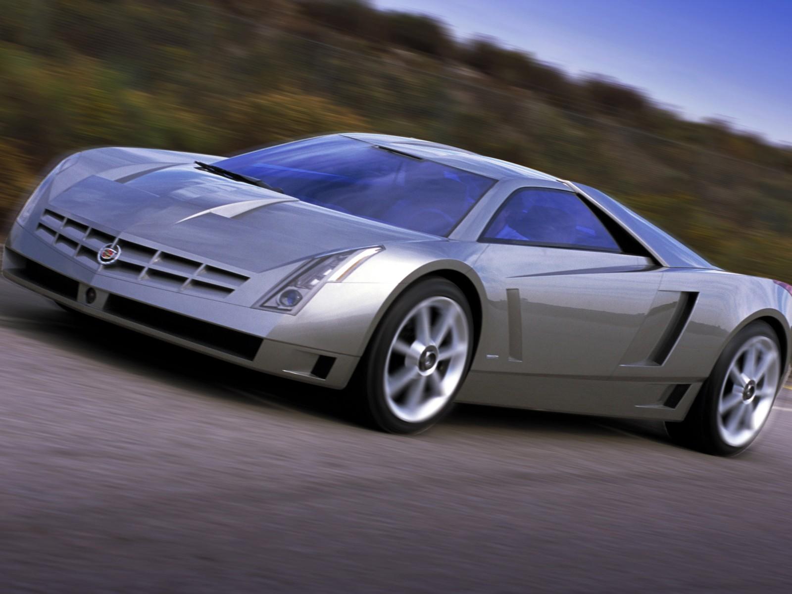 Cadillac-Cien-Concept-004.jpg