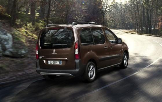 Imagen-semitrasera-del-Peugeot-Partner-e1328554362112-560x352.jpg